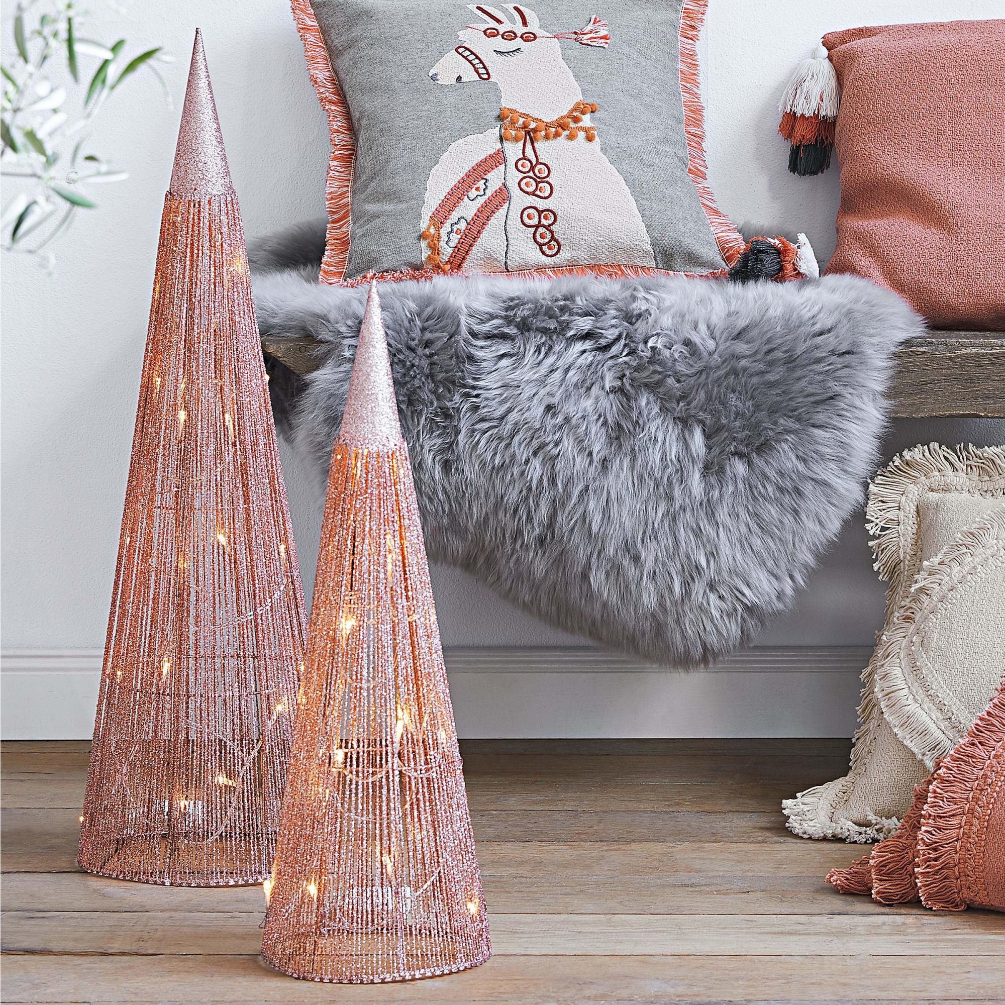 Weihnachtsbeleuchtung Kegel.Led Deko Kegel Set 2 Tlg Rose Mit Rosafarbenen Glitzerfäden Ca H 55 75 Cm