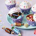 Cupcake-Dose mit süsser Füllung, ca. 50g Miniatures Mix (Mars, Snickers, Bounty, Twix) Katalogbild