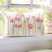 Kissenhülle Cottage, handbestickt, 100% Baumwolle Katalogbild