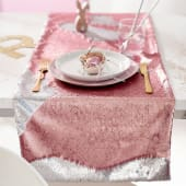 Tischläufer mit Pailletten Magical, mit Wende-Pailletten, 50% Polyester, 50% Polyethylen, ca. L140 x B40 cm Katalogbild