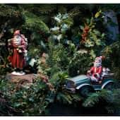 Dekofigur Santa mit Auto, Polyresin, Metall Katalogbild