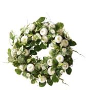 """Deko-Kranz """"Frühlingsbote"""", von Hand gebunden, Textilblüten Rattan, ca. 36 cm Ø Vorderansicht"""