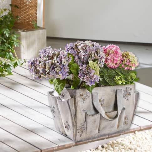 Pflanztopf Sommertasche, mit Blüten-Reliefs, Polyresin, ca. 26 cm hoch Vorderansicht