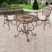 Outdoor-Stuhl-Set, 2-tlg. Versailles, Eisenstühle im Antik-Look, nostalgisch, Eisen Inszeniertes Bild