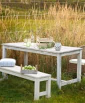Outdoor-Tisch, groß Lordi Inszeniertes Bild