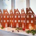 Deko-Objekt Häuserreihe Amsterdam, in Rost-Optik, Metall, L 147 x H 60 cm Inszeniertes Bild