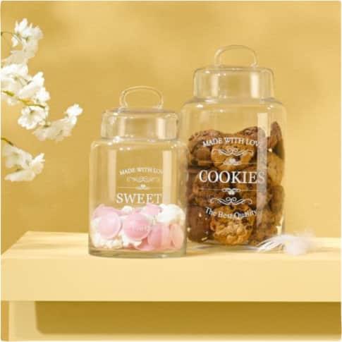 Dose Sweets, mit weißer Aufschrift, Glas Inszeniertes Bild