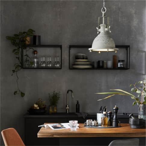 Wandregal Black Cube, puristische Form, Metall Inszeniertes Bild