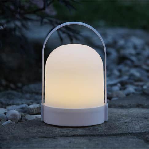 LED-Outdoor-Tischleuchte Kenu Inszeniertes Bild