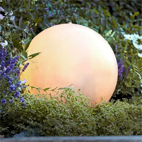 LED-Outdoor-Brunnen Moon Inszeniertes Bild