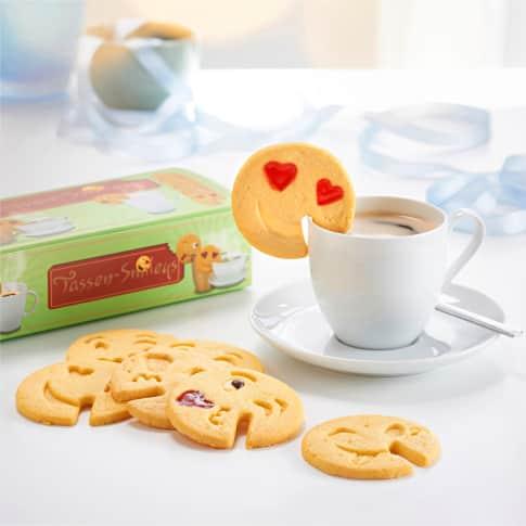 Tassen-Kekse Smileys, Buttergebäck mit belgischer Edelkuvertüre und feinem Fruchtgelee, insgesamt 10Stk. Inszeniertes Bild