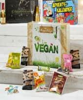 Adventskalender Vegane Überraschungen, Bio Qualität, Superfoods, Snacks, vegane Ersatzprodukte uvm. Inszeniertes Bild