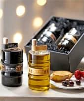 """Balsamico- und Öl-Set, 2-tlg. Glasfässchen, Olivenöl """"extra vergine"""", italienischer Balsamico rot, je 350 ml Inszeniertes Bild"""