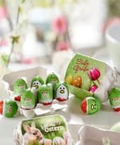 Schoko-Eier Kinder Eggs, Ostereier, Waffeleier, mit zarter Creme gefüllt, Schokolade, nachhaltig Inszeniertes Bild