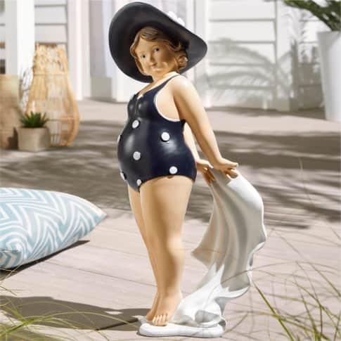 Deko-Figur Badelady Josephine, XXL-Format, ca. 57 cm hoch Inszeniertes Bild