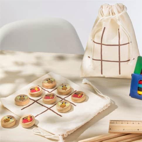 Reise-Spiel, 10-tlg. Drei gewinnt, im Beutel, Motiv-Spielsteine aus Holz Inszeniertes Bild