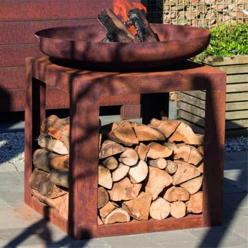 Feuerschale Bonnie, mit praktischem Holzlager, Industrial-Look, Metall, ca. H85 cm Inszeniertes Bild