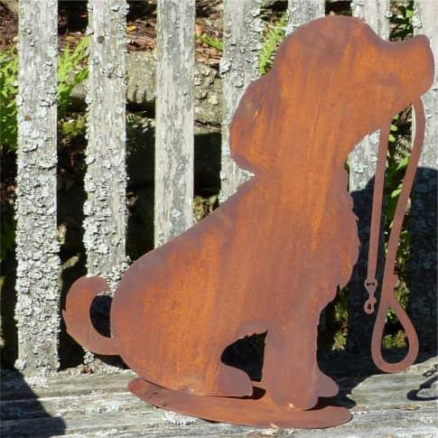 Gartendeko Bello, Hund, sitzend, handgefertigt, made in Germany, Metall Inszeniertes Bild