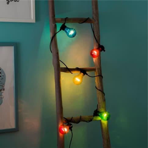 LED-Lichterkette Festivity, warmweiß, Timerfunktion, Outdoor geeignet, Kunststoff, ca. 500 cm Inszeniertes Bild